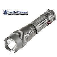 Smith & Wesson M&P6 CREE LED Flashlight