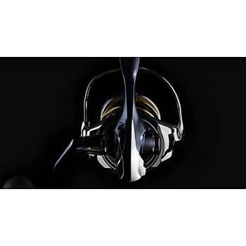 SHIMANO STELLA SW 5000HG-C 5.7:1 TUR 13S-ARB+1BB 13 kg DRAG 97 CM SARIM