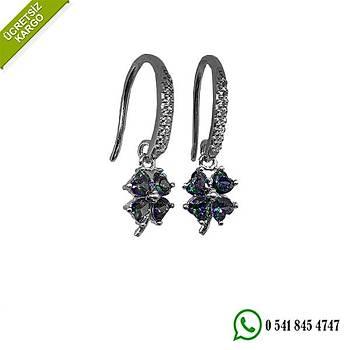 925 Ayar Gümüş Mistik Topazı Taşlı 4 Yapraklı Yonca Tasarım Küpe Stok Kodu:202002