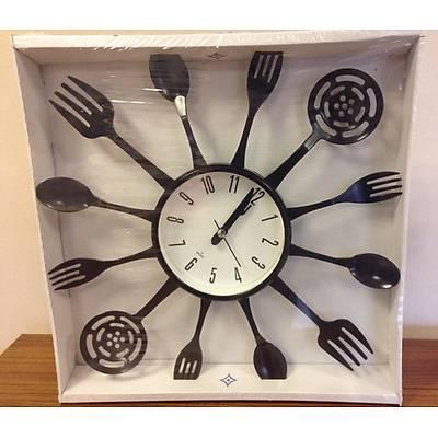Çatal bıçak desenli duvar saati