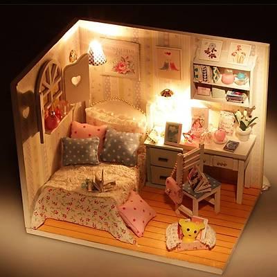 DIY Doll House - White Model Çocuk Evi