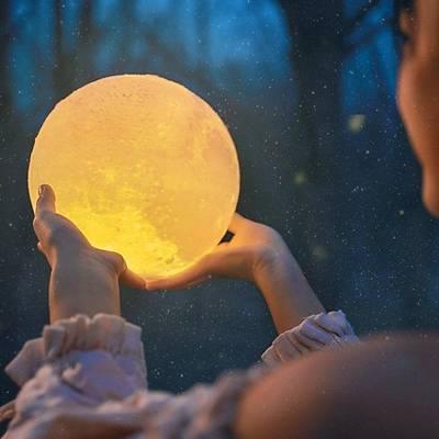 Pilli Moon Light - 3D Ay Işığı