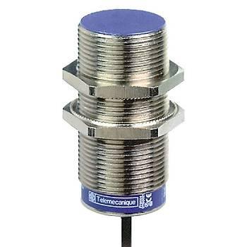 XS630B1MAL2 M30 NO 15mm Algýlamalý 24-240V AC-DC Kablolu Ýndüktif Sensör SCHNEIDER
