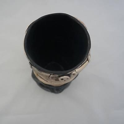 Siyah Tiki Bardak