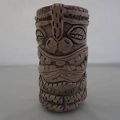 Kýrmýzý Tiki Bardak