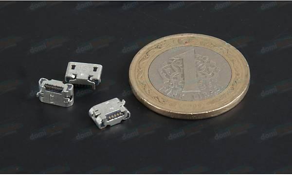 Micro Usb Type-B 5 Pin - D067
