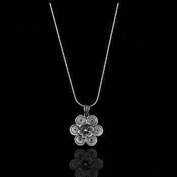 Çiçek Model Oksitli Telkari Gümüþ Kolye