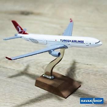 Maket Uçak A330 300 1 /400 TK Collection
