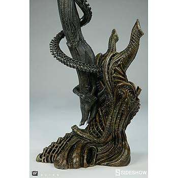 Alien Statue by Sideshow Collectibles