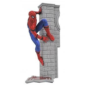 Diamond Select Toys Marvel Gallery Spider-Man Homecoming Vinyl Figure