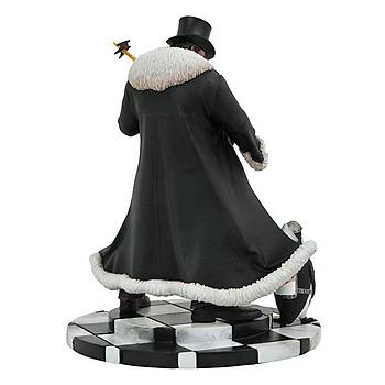 Diamond Select Toys DC Comic Gallery Penguin PVC Figure