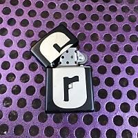 R6 Logo 2: Zippo Benzeri Çakmak