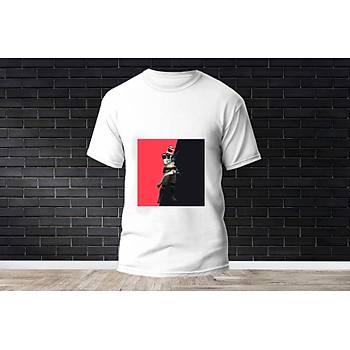 Cypher Baskýlý Model 11  T-Shirt
