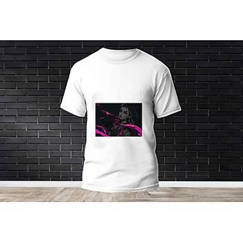 Reyna Baskýlý Model 14  T-Shirt