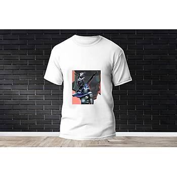 Omen Baskýlý Model 29  T-Shirt