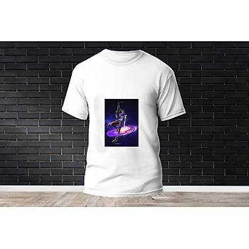 Astra Baskýlý Model 2  T-Shirt