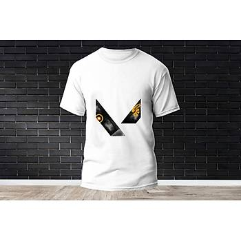 Breach Baskýlý Model 6  T-Shirt