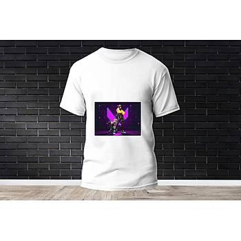 Killjoy Baskýlý Model 8  T-Shirt