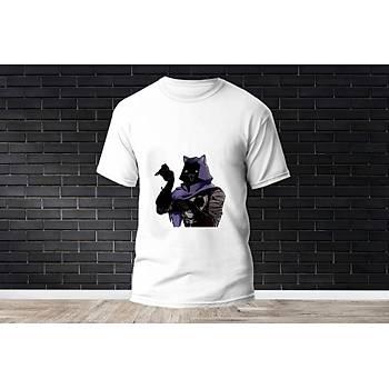 Omen Baskýlý Model 6  T-Shirt