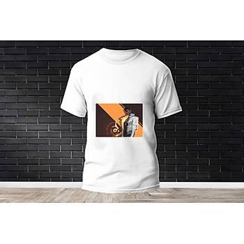 Phoenix Baskýlý Model 9  T-Shirt