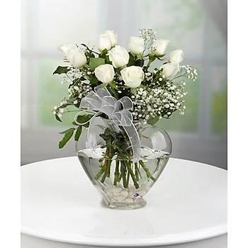 Cam Kalp Vazoda Ýthal Beyaz Güller