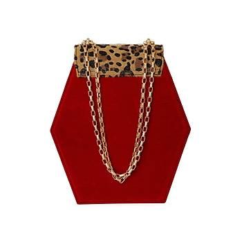 Fressia Leopard vs Red