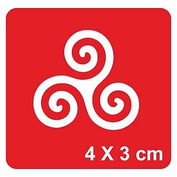 Triskele(Üçlü Spiral) Dövme Þablonu Kýna Deseni