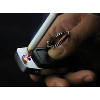 Araba Anahtarý Þekli USB Þarjlý Kýzdýrmalý Çakmak Elektronik Alevsiz Anti Rüzgar