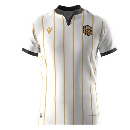 2021 - 2022 sezonu Beyaz maç formasý