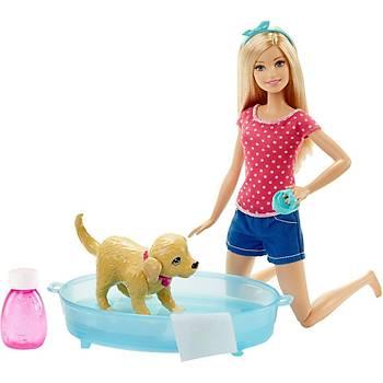 Barbie ve Köpekçik Banyo Keyfi Oyun Seti