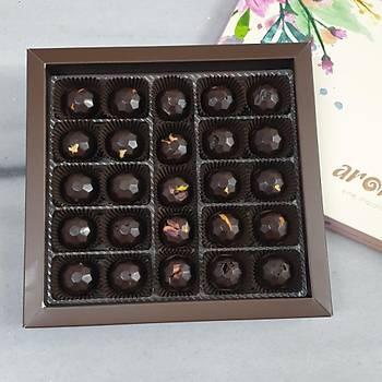 500 Gr. lık kutuda 26 adet Spesiyal Çikolata - Hurma Özlü, Bitter