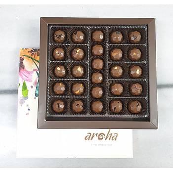 500 Gr. lýk kutuda 26 adet Sütlü Spesiyal Çikolata - %50 Kakao