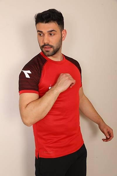 Diadora Mundial Antrenman T-Shirt Kýrmýzý - Siyah