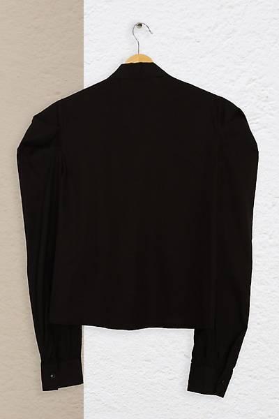 Renklen Kad�n Siyah Fular Yaka Uzun Kollu G�mlek