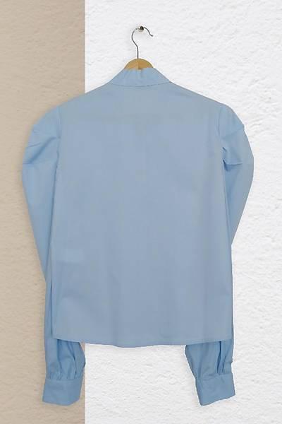 Renklen Kad�n Mavi Fular Yaka Uzun Kollu G�mlek