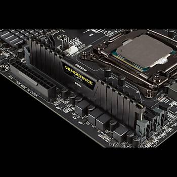 Corsair Vengeance 16GB 3000MHz DDR4 CMK16GX4M1D3000C16 Bellek (Siyah)