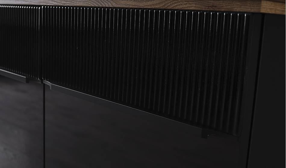 Larina Siyah Yemek Odasý