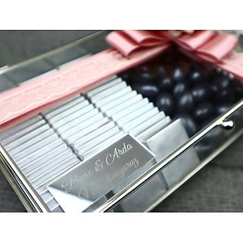 Gümüþ Cam Kutuda Söz Niþan Çikolatasý - (80 Adet Madlen Çikolata ve 150 gr Draje)