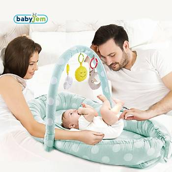 Baby Jem Oyuncaklý Anne & Baba Yaný Yataðý Yeþil